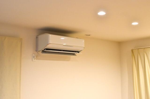 室内 エアコン