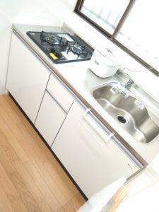 中野区賃貸アパートシェアハウス女性専用1階共用部分キッチン