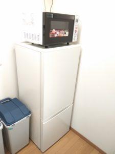 中野区賃貸アパートシェアハウス女性専用1階共用部分冷蔵庫と電子レンジ
