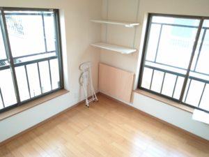 中野区賃貸アパートシェアハウス女性専用203室内フローリング