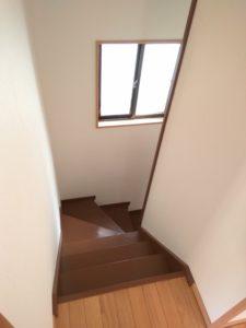 中野区賃貸アパートシェアハウス女性専用2階共用部分階段