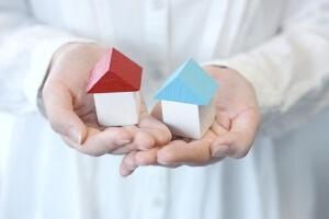 赤い家と青い家