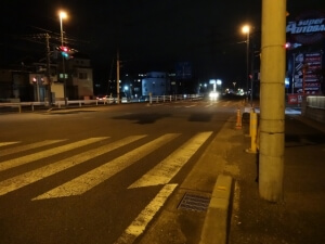夜道が暗い街